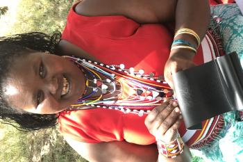 Pamela making traditional Masaai jewelry